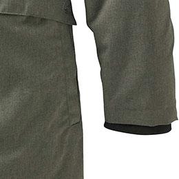 Soft, wind-resistant interior knit cuffs